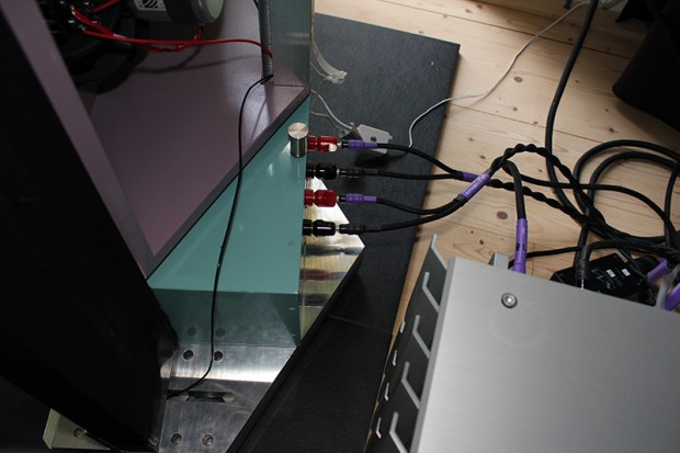 Dipole12 with custom Ribbon mounting 2